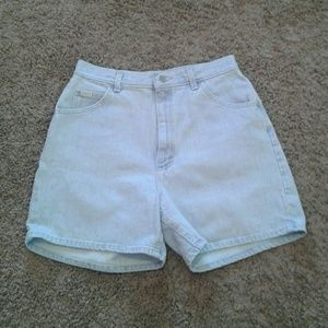 Vintage Lee light wash high rise denim shorts